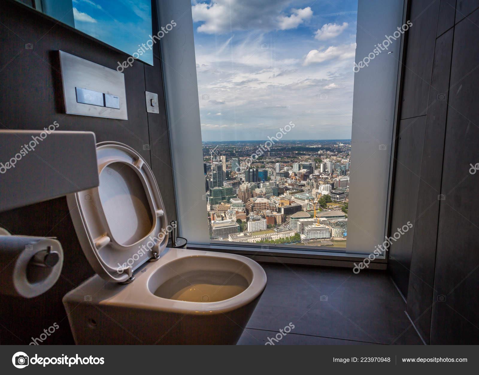Toilet Floor Ceiling View London Taken Shard London July 2017