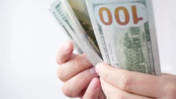 Muž, počítání nás dolary. Podnikání, velké peníze úspěch konceptu