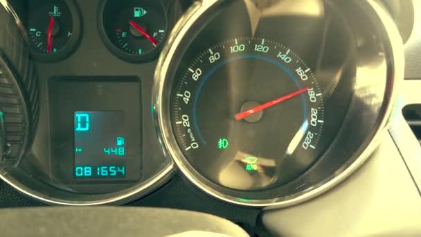 Rychloměru 180 km/h