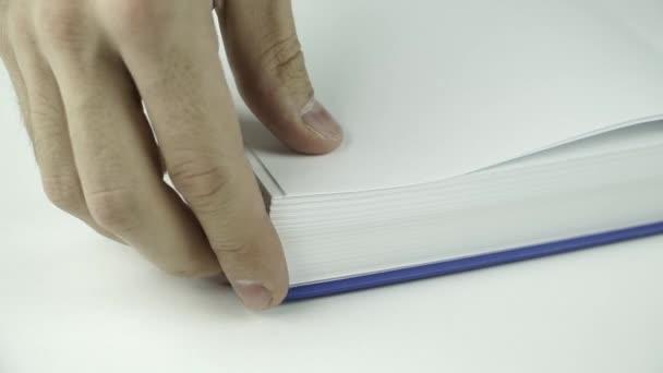 Flip a lapokat a könyv