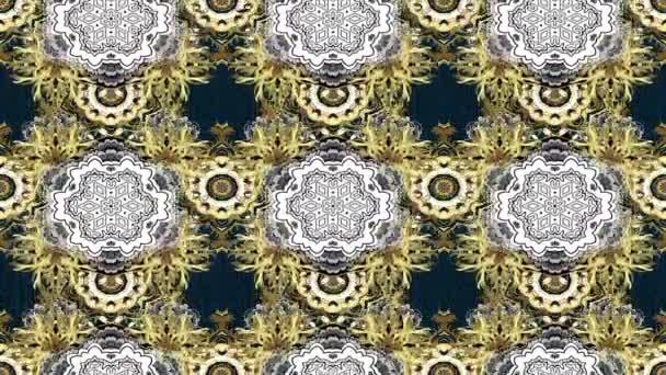 Ciclo composizione di metraggio di movimento. Reticolo del damasco classico dorato. Sfondo astratto con gli elementi ripetuti. Reticolo dorato su colori scuri con gli elementi dorati
