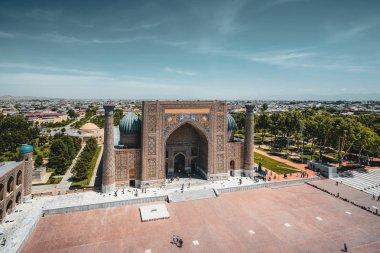 Sher Dor madrasah on Registan square. Seen from the minaret of Ulugh Beg Madrasah, Samarkand, Uzbekistan