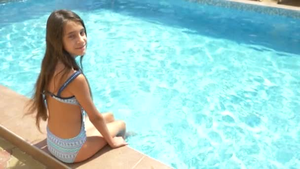 teen schwimmbad