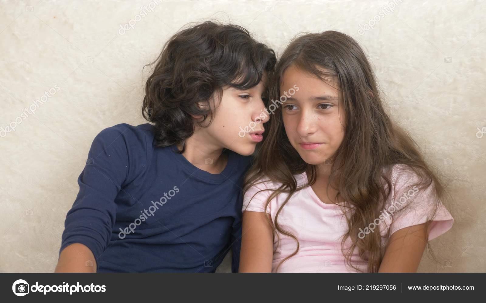 Секс брат сестра и, Порно: брат и сестра. Секс инцест брата и сестры на 22 фотография
