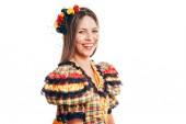 Brazilka na sobě typické oblečení pro Festa Junina