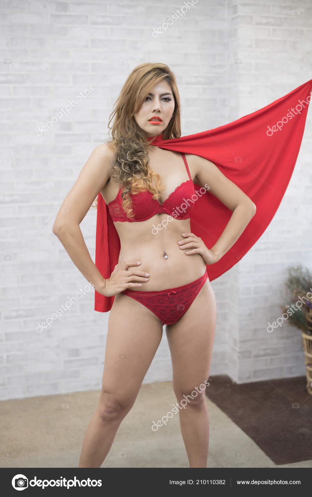 Супер секси гёрл