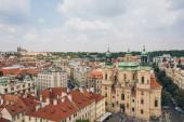 Praha, Česká republika - 23 července 2018: letecký pohled na krásné staré město a pražské panoráma