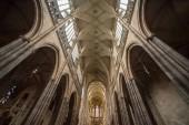 Praha, Česká republika - 23 července 2018: nízký úhel pohled krásná katedrála sv.Víta slavný v Praze, Česká republika