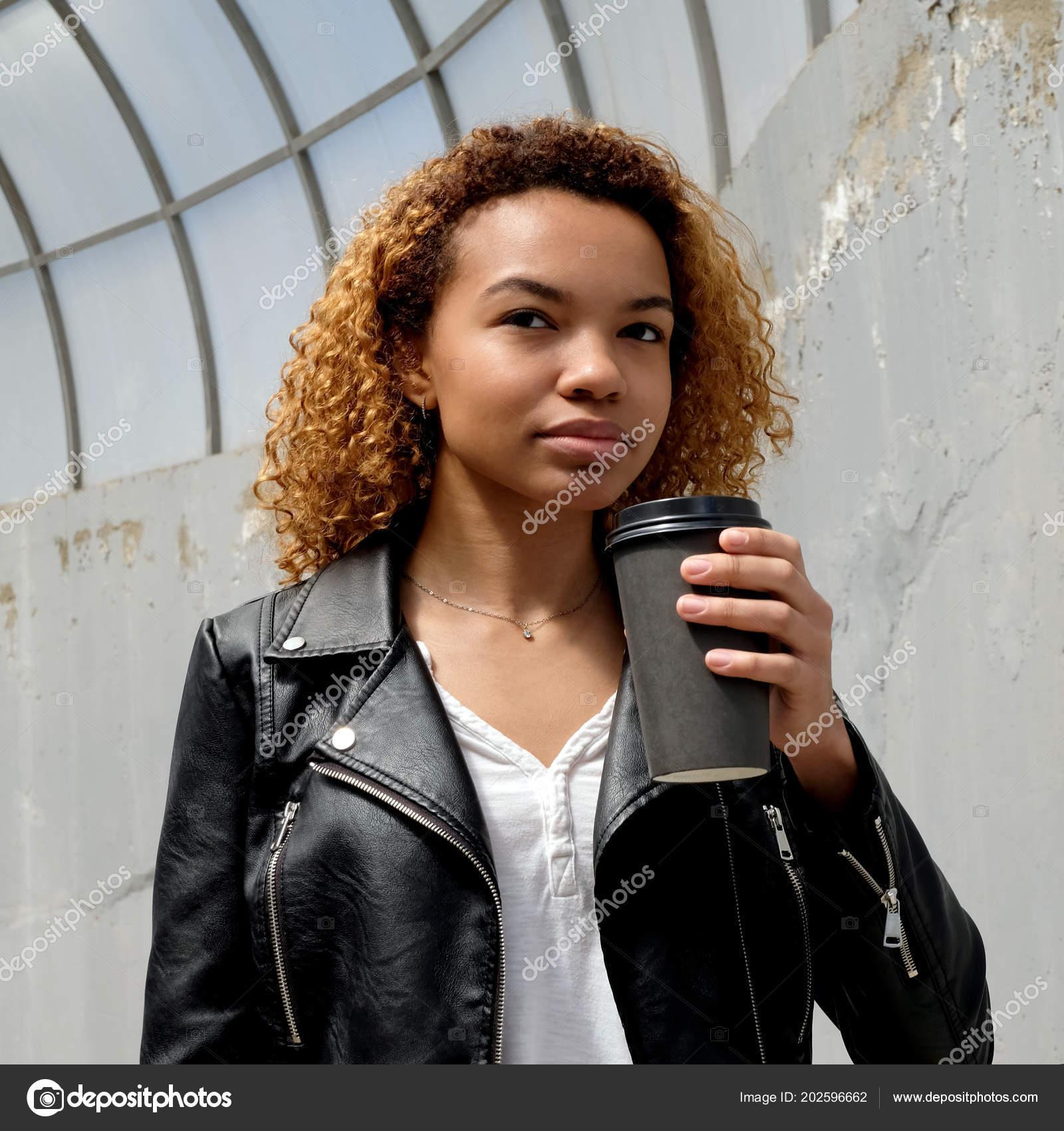 d44a6b8ee Dark Skinned Teenager Girl Looks Thoughtfully Away Beautiful Modern ...