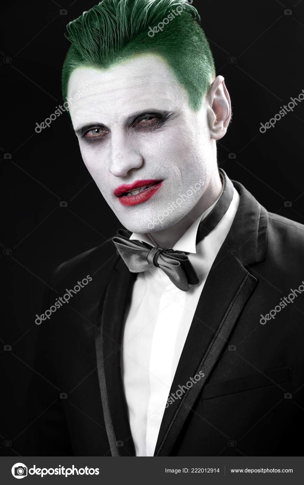 materiali di alta qualità maggiore sconto di vendita qualità perfetta Foto: trucco jolly uomo. Ritratto di un jolly. Trucco per ...