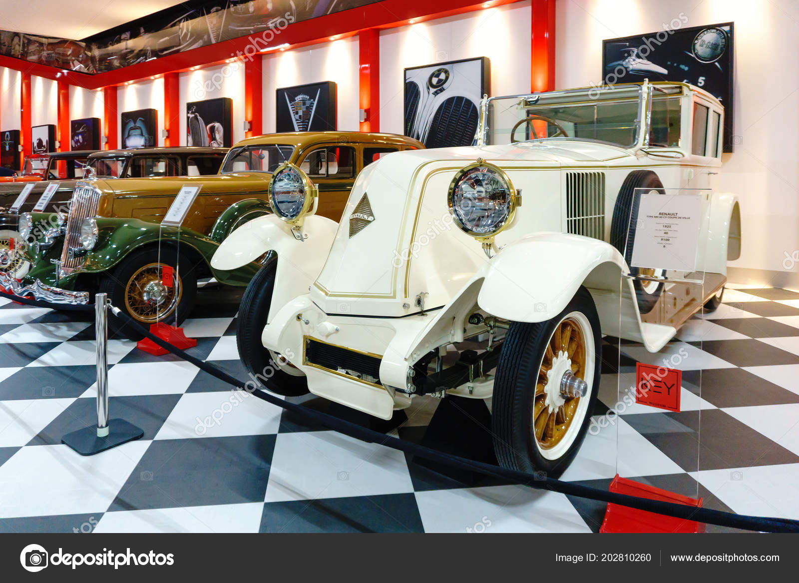 Izmir Turkey June 2018 View Classical Vehicles Key Museum Has – Stock  Editorial Photo © niglaynike #202810260