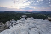 Večerní nálada na horu Gohrisch se západem slunce, Labské pískovce, Sasko, Německo, Evropa