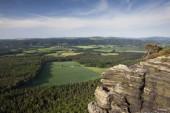 Pohled z Stolová hora Lilienstein v Labských pískovcích, Sasko, Německo, Evropa