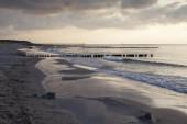 malerischer Blick auf die Ostseeküste im Abendlicht, Graal-Mritz, Ostseebad, Mecklenburg-Vorpommern, Deutschland, Europa