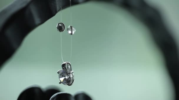 Šperky s kamennými makro fotografování cestování na jezdce