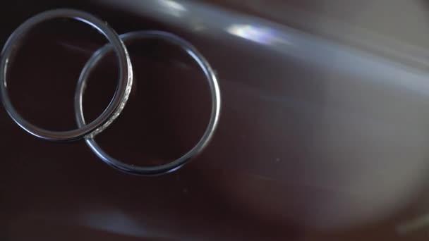 Arany jegygyűrű makró Vértes lensflare lő Diamon ékszer