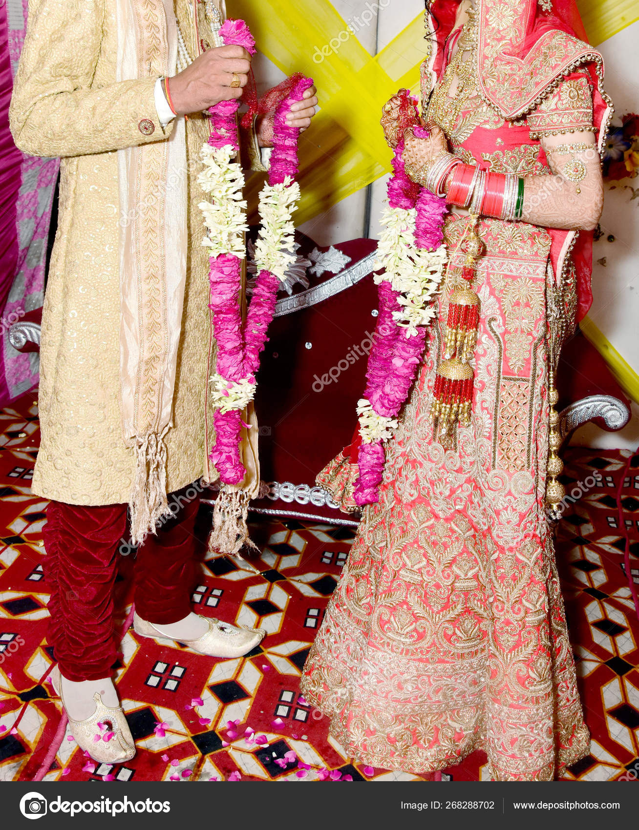 The Bride And Groom At The Indian Wedding Garlands Or Jaimala Ceremony Stock Photo Image By C Deepkcreation 268288702
