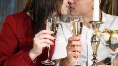 Randevú romantikus meghatározása