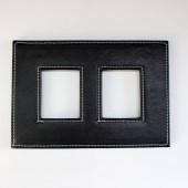fotó, fehér alapon fekete keret