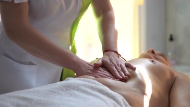 женский массаж с мастурбацией пока