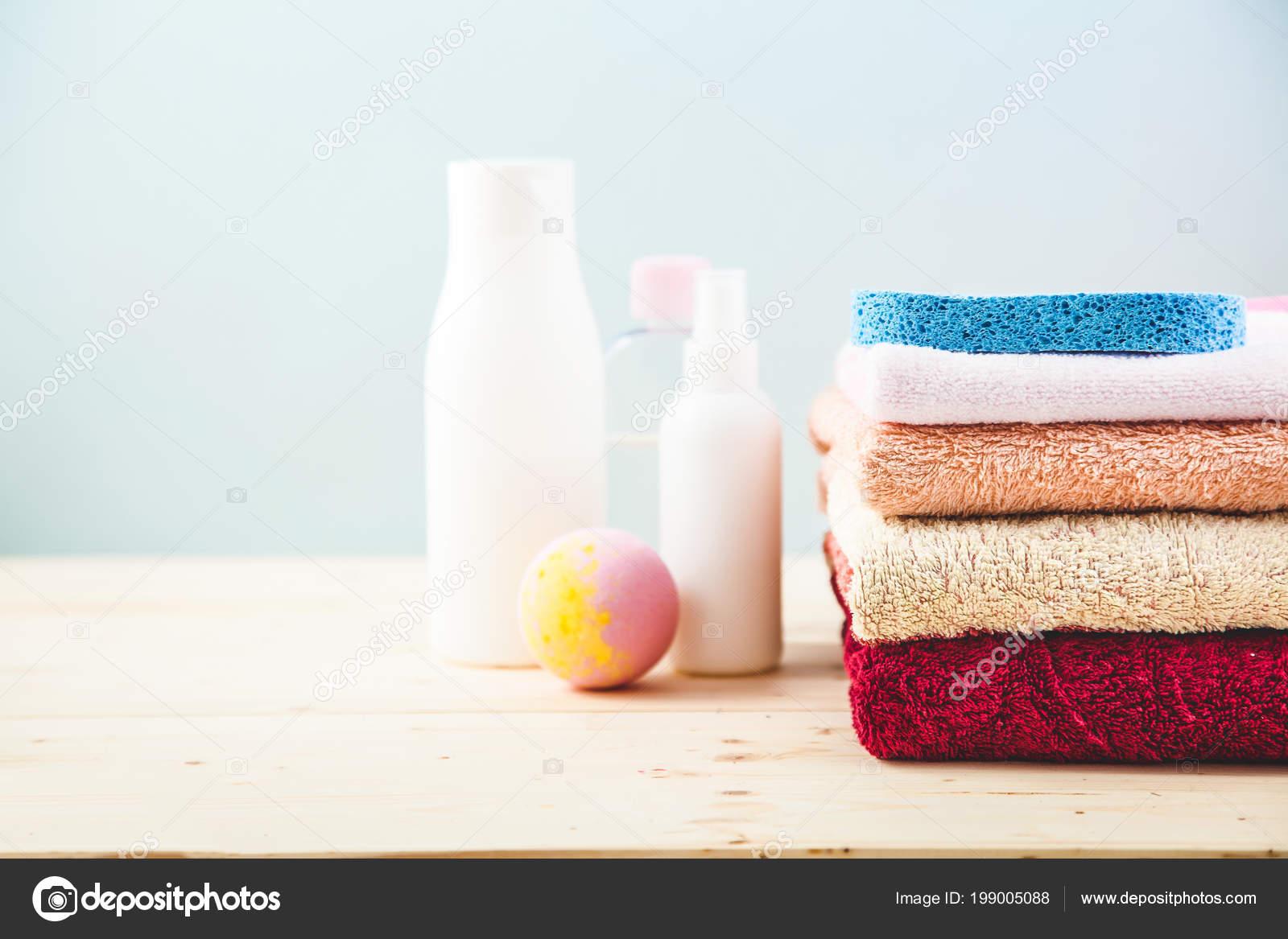 Bathroom Accessories Towels Cream Bath Foam Shampoos Light Bright ...