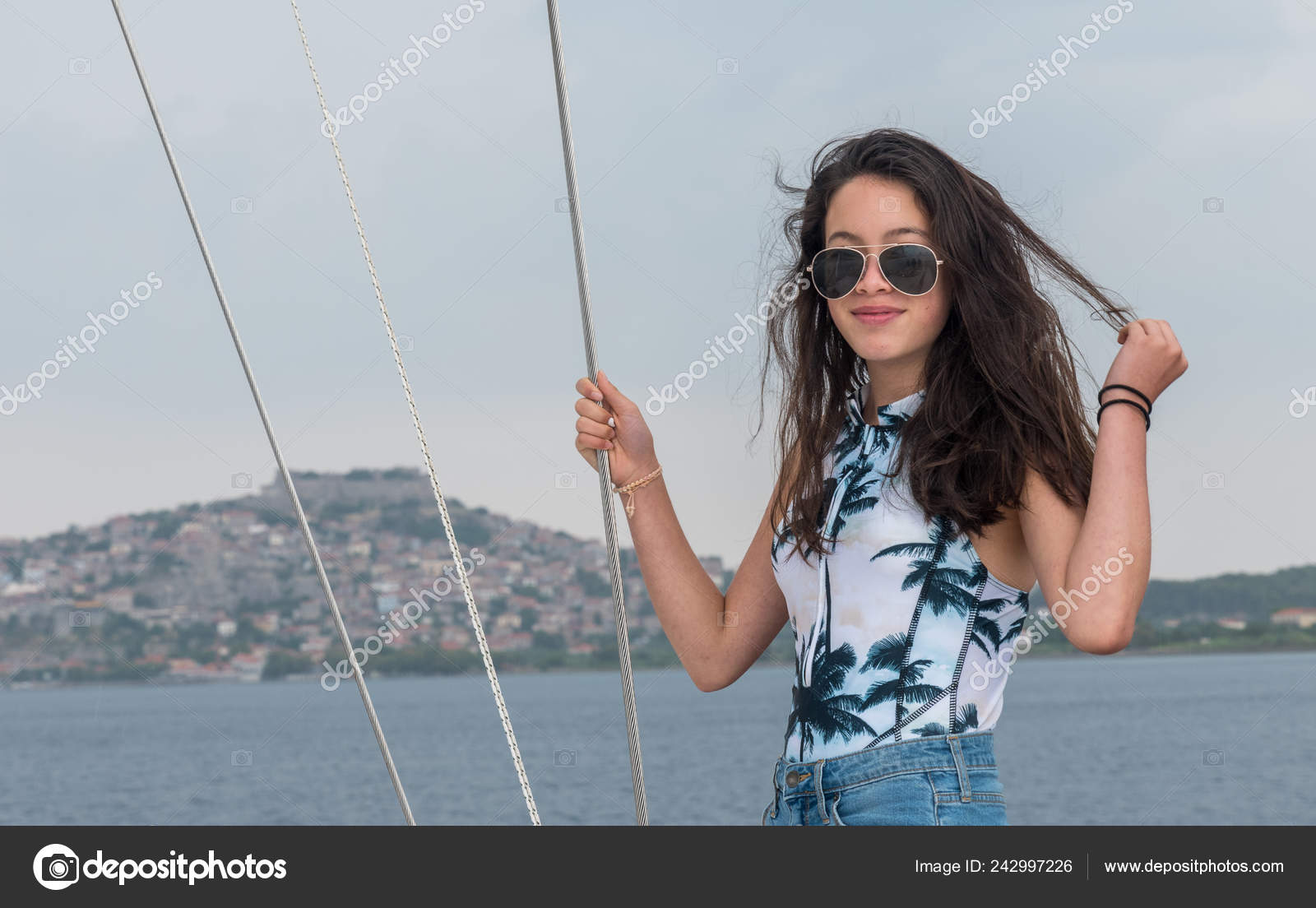 Opinion you girl teen on sailboat sorry, not