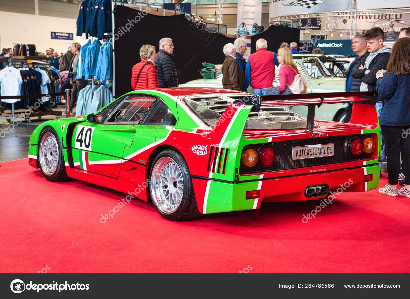 Friedrichshafen May 2019 Red Green Ferrari F40 1989 At Motorworld Classics Bodensee On May 11 2019 In Friedrichshafen Germany Stock Editorial Photo C Eagle2308 284786586