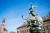 Koppenhága, Dánia - május 6-án, 2018: Sárkány-kút a Városháza tér, napközben