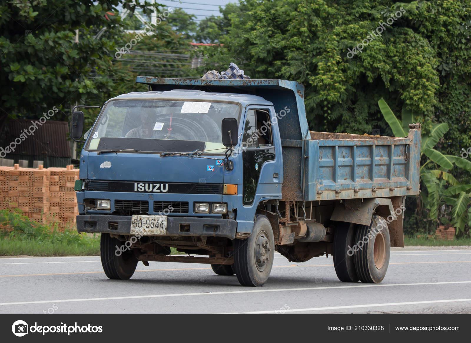 Chiangmai Thailand July 2018 Private Isuzu Dump Truck Road 1001 U2014  Fotografia De Stock