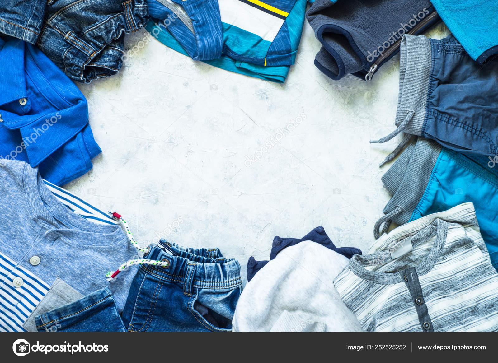 66bcb2582 Roupa de criança - jeans