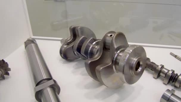 Ocelové díly pro auta. Klikového hřídele detail