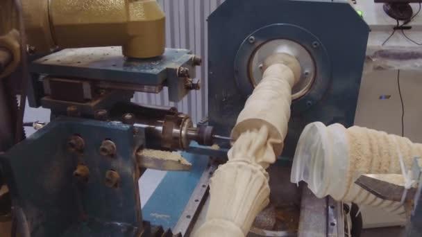 Macchina Per Lavorare Il Legno E I Metalli : Moderno centro lavoro cnc fresatura prodotti legno macchina taglia