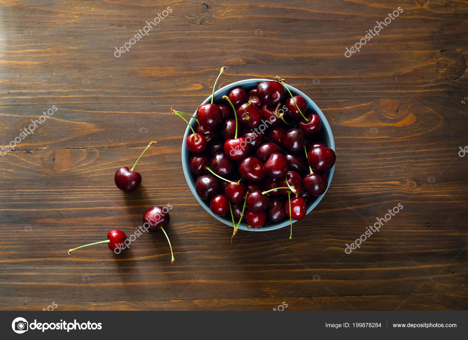 Летняя вишня цвет