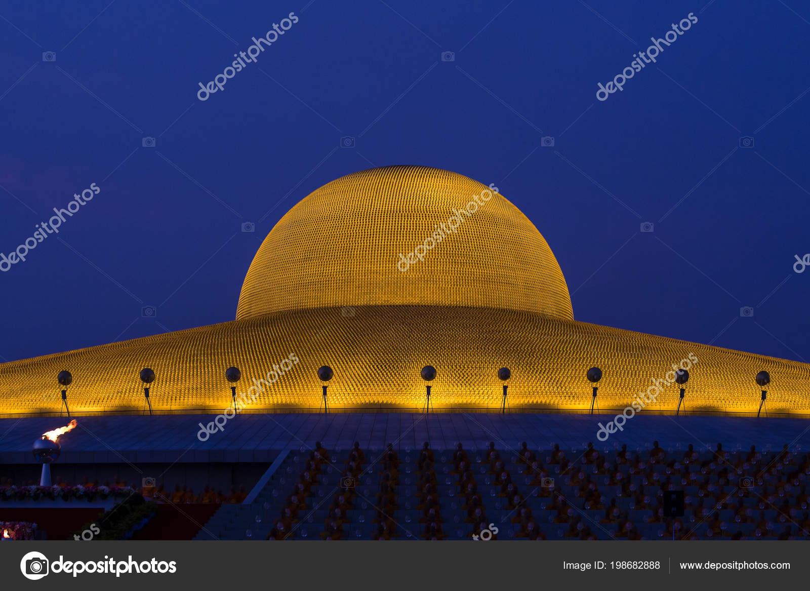 Million Golden Buddha Figurine Wat Phra Dhammakaya Buddhist Temple