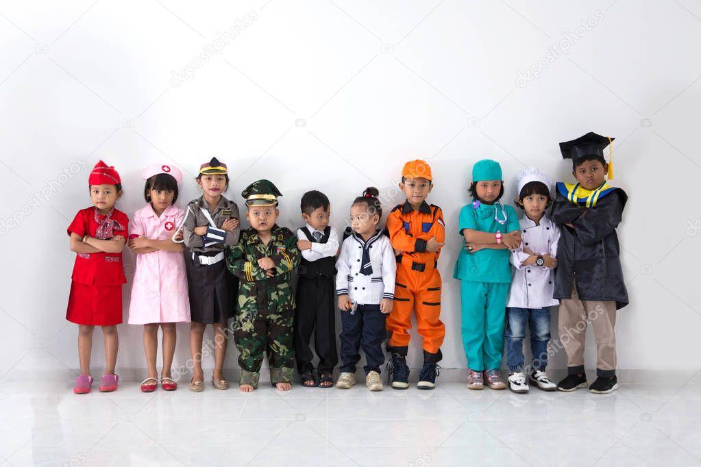 Анимации мужчина, картинки детей в костюмах разных профессий