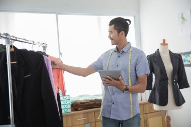 modern designer sell product online