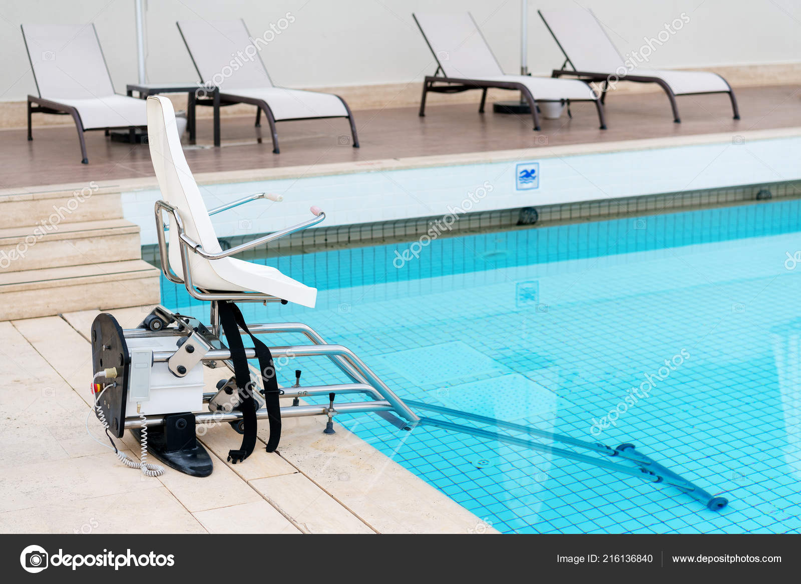 Swimming Pool Lifts Disabled People Access Pool — Stock ...