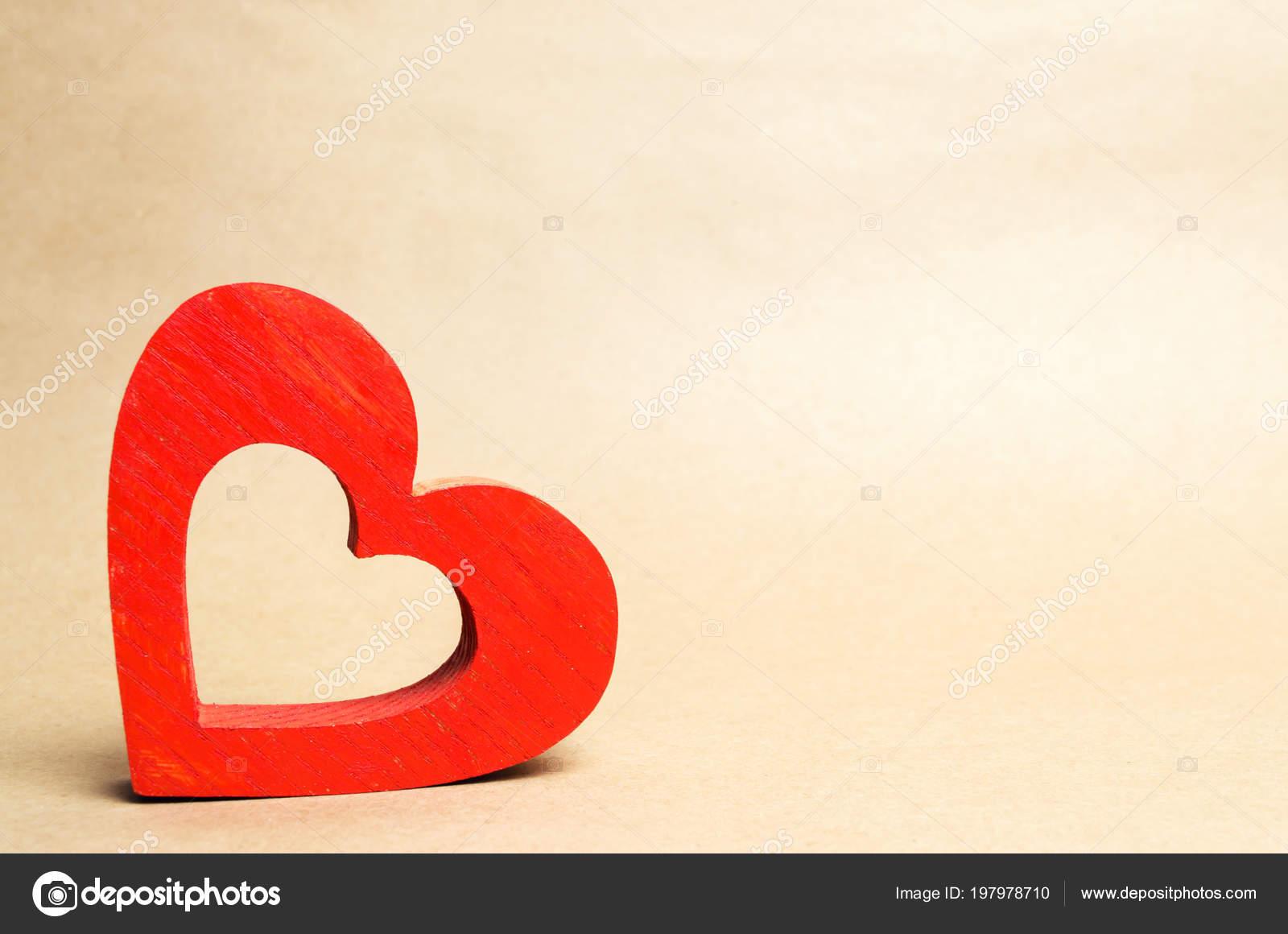5b2425d8530 Rojo Corazón Madera Aislante Concepto Amor Romance Sentimientos Día ...
