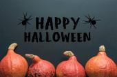 top view Halloween sütőtök fekete háttér boldog Halloween illusztráció