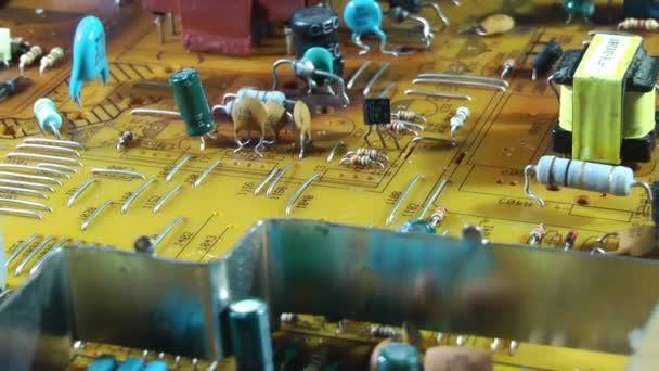 1920x1080 25 fps sehr schöne alte tv elektronische Platine rotierendes Video.