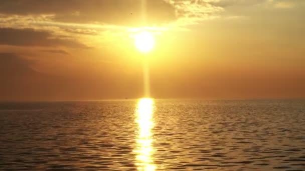 Meer Ozean Sonnenuntergang Sonnenaufgang Sonne Himmel Wasser Strand Landschaft Wolken Horizont Ansicht Natur Hintergrund