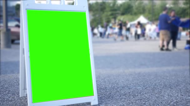 Egy zöld képernyő kihajtható iratkozzon városi területen eladó homályos a háttér
