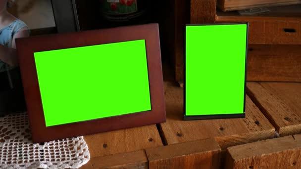 Zöld képkockák pár