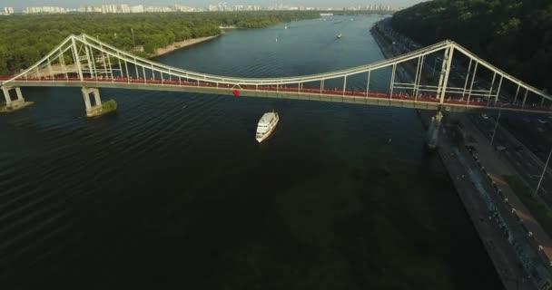 Létání nad lodní přepravu osob: Kyjev, Ukrajina