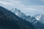 Photo scenic view of majestic mountain peaks at sunny day, mont blanc, alps