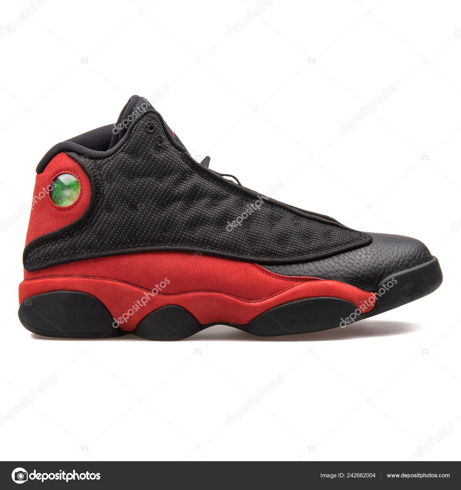 new products a2f6a 4744e Vienna Austria August 2017 Nike Air Jordan Retro Black Red ...