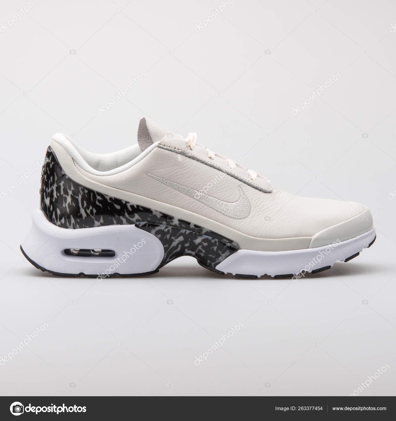 Zapatos mujer Deportivas Nike Wmns Nike Air Max Jewell Negro