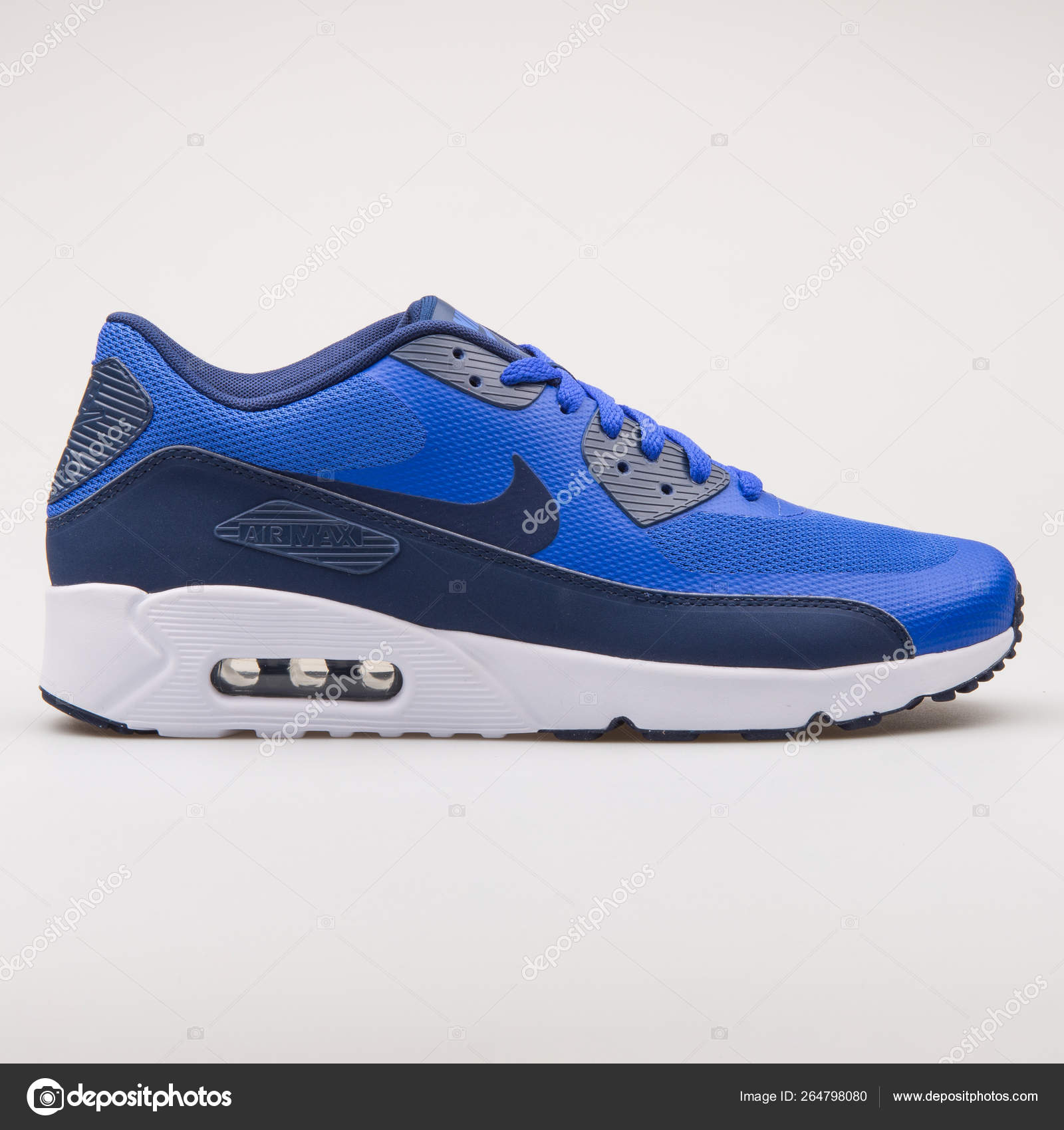 Nike Air Max 90 Ultra 2.0 Essential blue sneaker – Стоковое