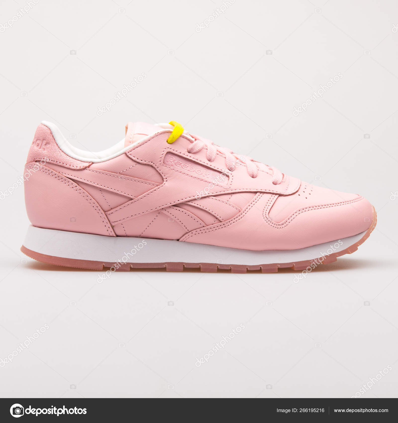 reebok cor de rosa