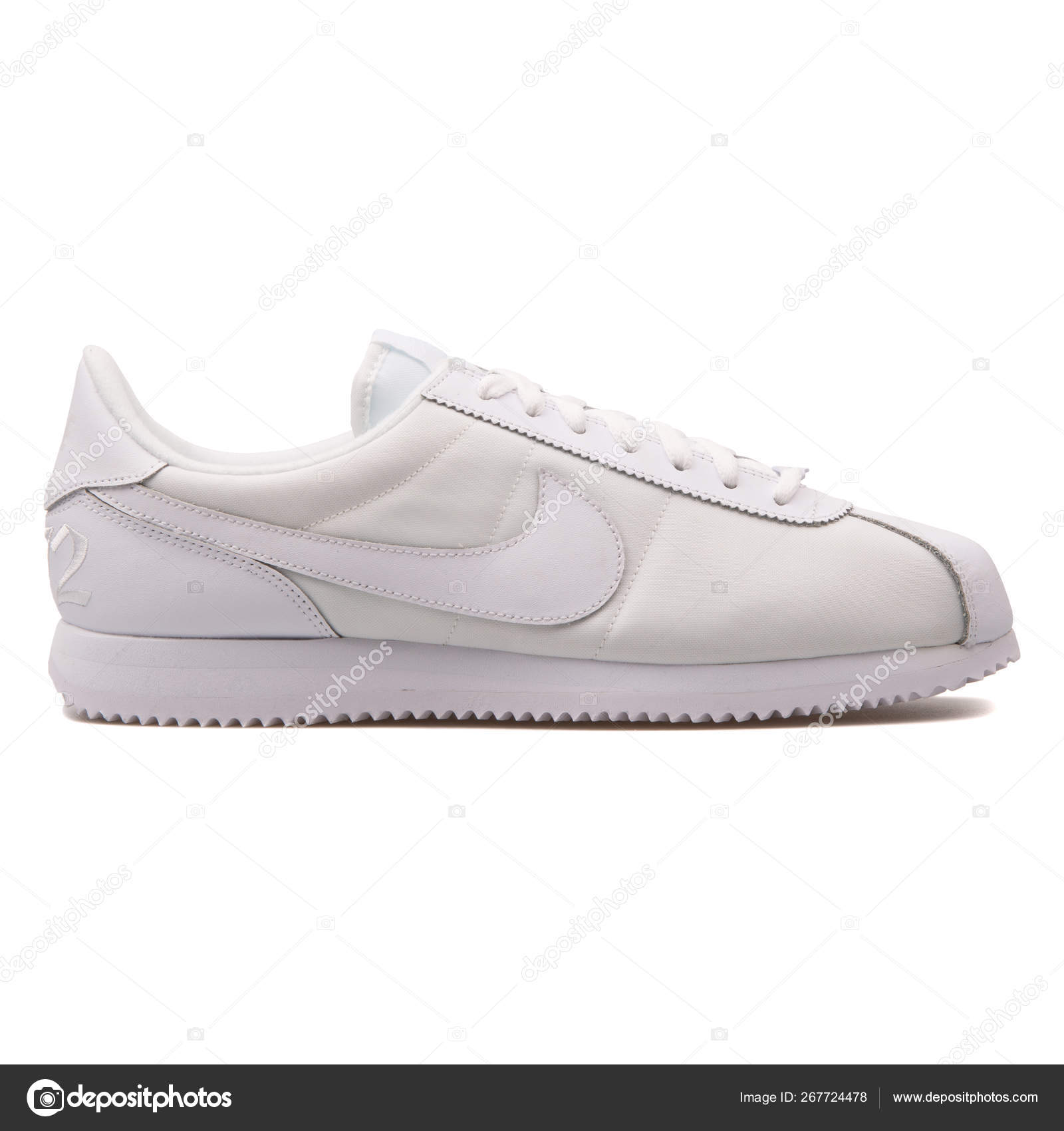 the latest ae3f6 c817c Nike Cortez Basic QS 1972 white sneaker – Stock Editorial ...